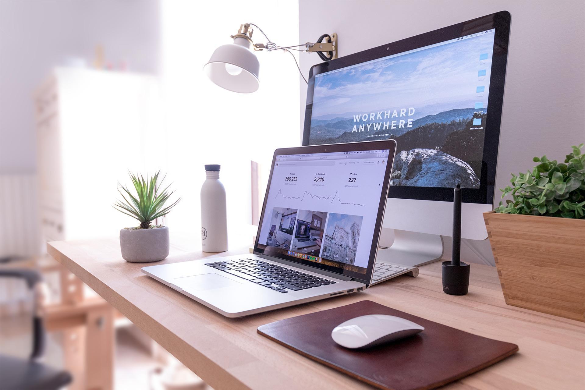 Arbeitszimmer einrichten – was sollte ich bei diesem Projekt beachten?