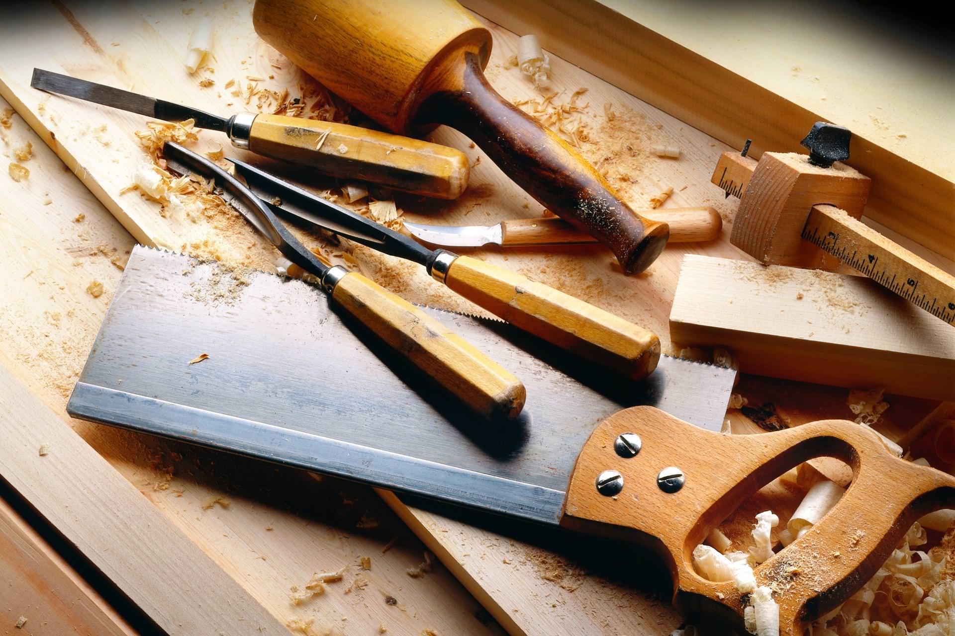 Die Vor- und Nachteile von geschreinerten Möbeln